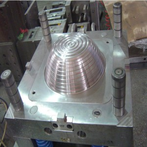 injection mold for plastic housewares